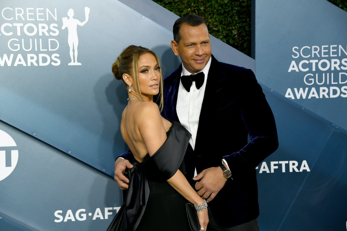 LOS ANGELES, CALIFORNIA - JANUARY 19:  (L-R) Jennifer Lopez and Alex Rodriguez attends the 26th Annu...