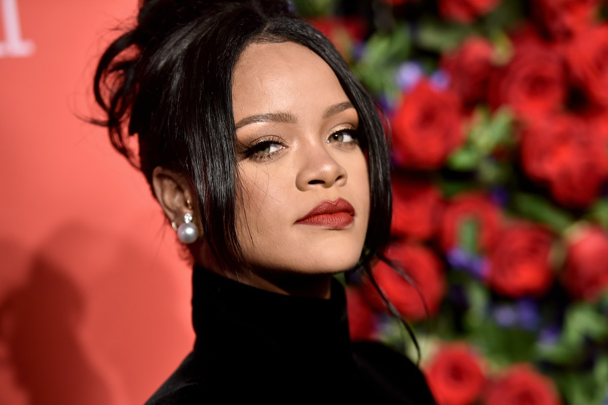 Rihanna makes great songs to listen to before a date.