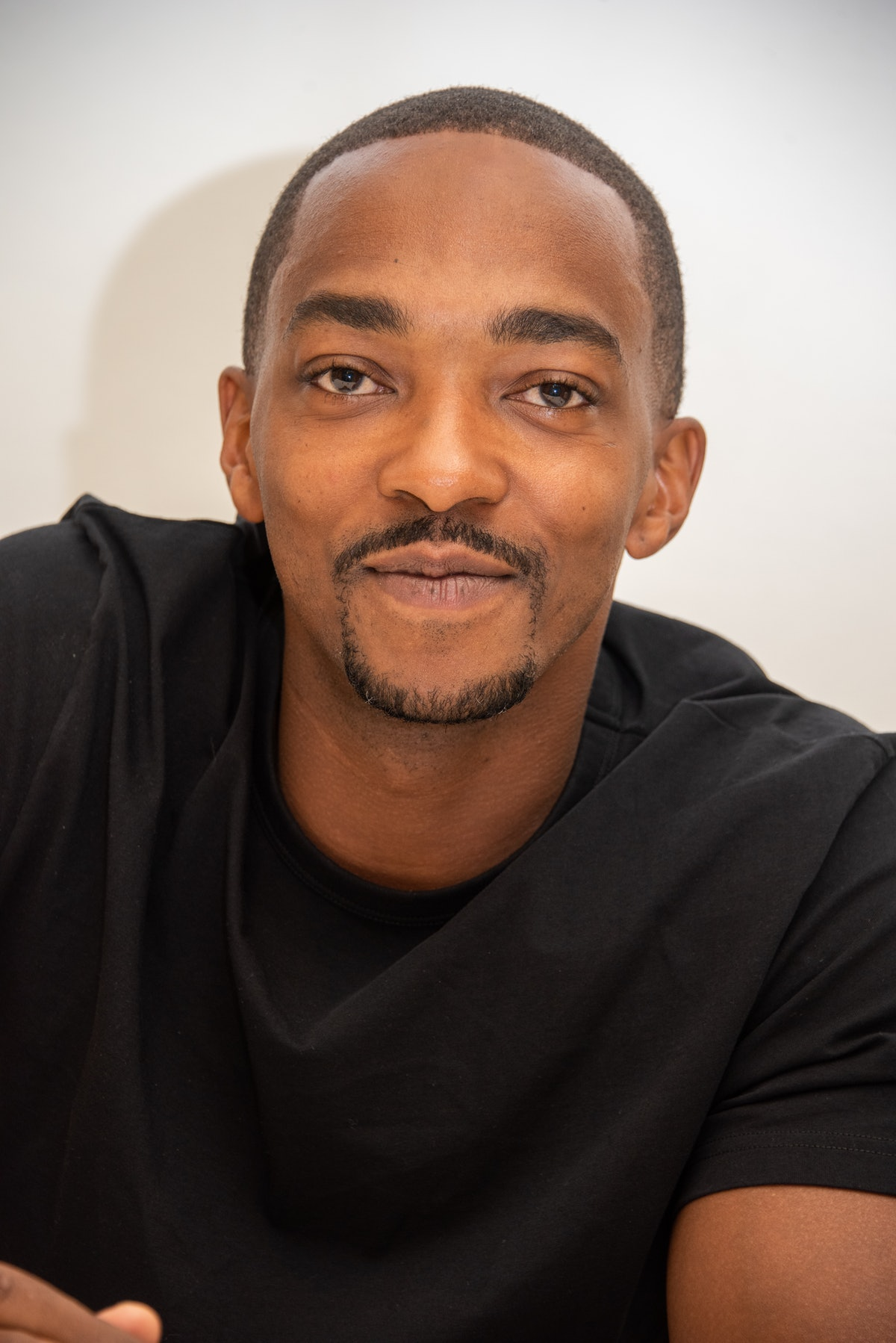 Anthony Mackie has signed a deal to appear in the new as-yet-untitled 'Captain America 4'
