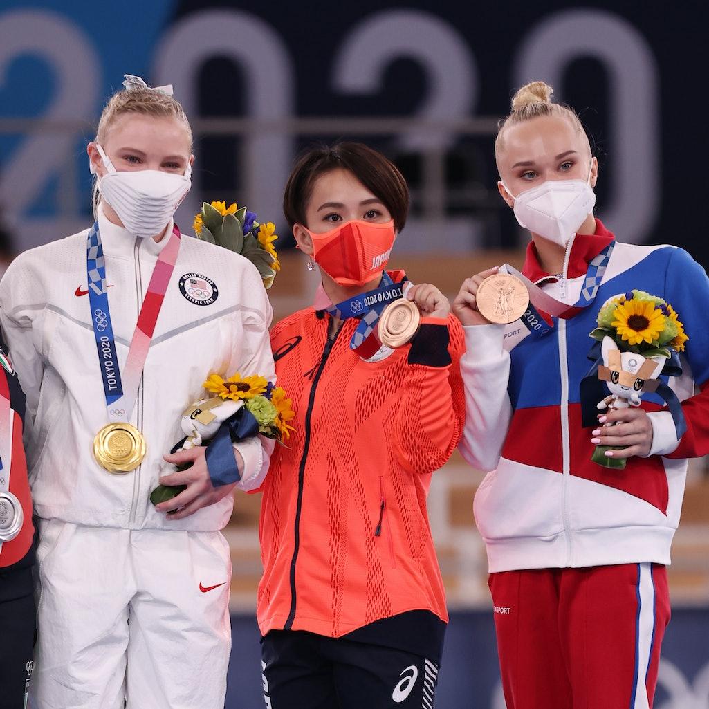 TOKYO, JAPAN - AUGUST 02: From left - Vanessa Ferrari of Team Italy, Jade Carey of Team United State...