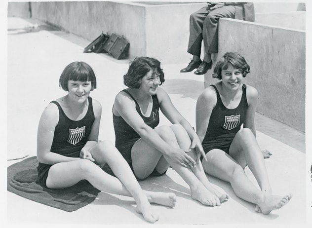 (Original Caption) Paris, France: Ellen Wainwright, Ruth Thomas, and Martha Norelius, American girl ...