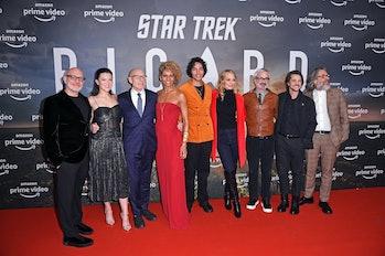 BERLIN, GERMANY - JANUARY 17: Akiva Goldsman, Isa Briones, Sir Patrick Stewart, Michelle Hurd, Evan ...