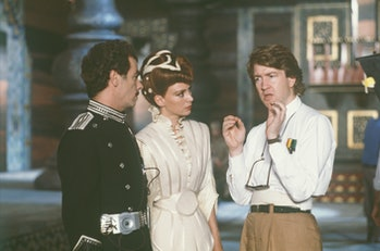 """American actor Dean Stockwell, british actress Francesca Annis and David Lynch on the set of """"Dune""""...."""