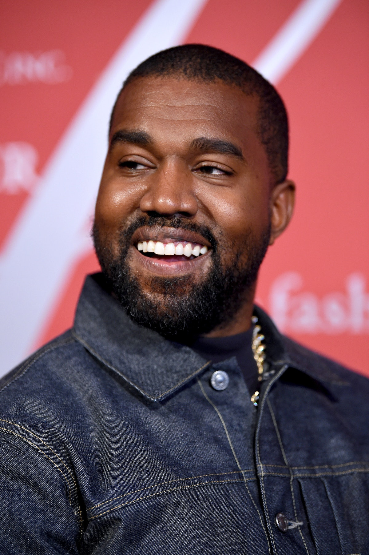 Kanye West deleted all of his Instagram posts but left a photo of a house.