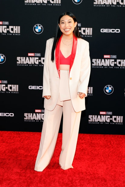 """LOS ANGELES, CALIFORNIA - AUGUST 16: Awkwafina attends Disney's premiere of """"Shang-Chi And The Legen..."""