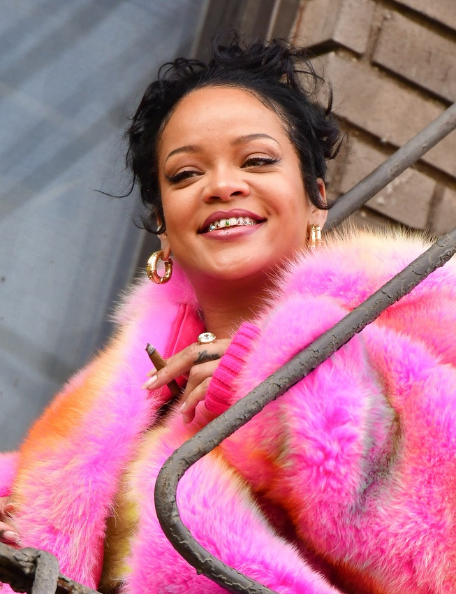NEW YORK, NEW YORK - JULY 11:  Rihanna seen on the set of her music video in the Bronx on July 11, 2...