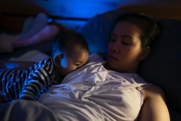 baby nursing at night