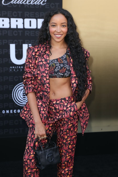 """LOS ANGELES, CALIFORNIA - AUGUST 08: Tinashe attends the Los Angeles Premiere Of MGM's """"Respect"""" at ..."""