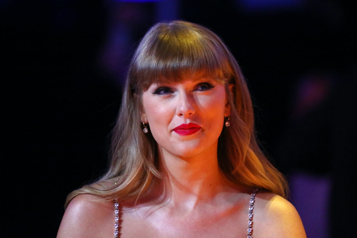 LONDON, ENGLAND - MAY 11: Taylor Swift, winner of the Global icon Award, is seen during The BRIT Awa...