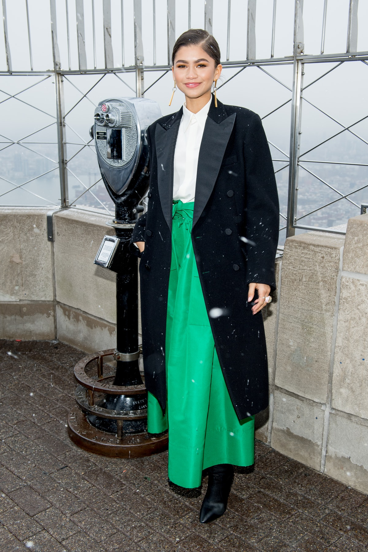"""Zendaya attends the cast of """"The Greatest Showman"""" at The Empire State Building in New York City in ..."""