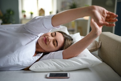 Small joint flexes are one stretch to do before you get out of bed.