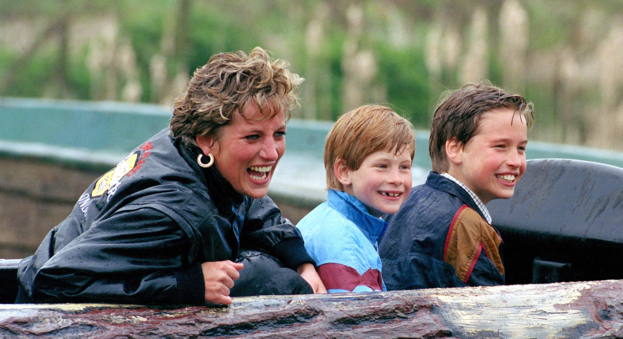 Picture From File:Diana Princess Of Wales, Prince William & Prince Harry Visit The 'Thorpe Park' Amu...