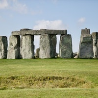 Stonehenge: Travelers who love ancient legends should visit this enigmatic site