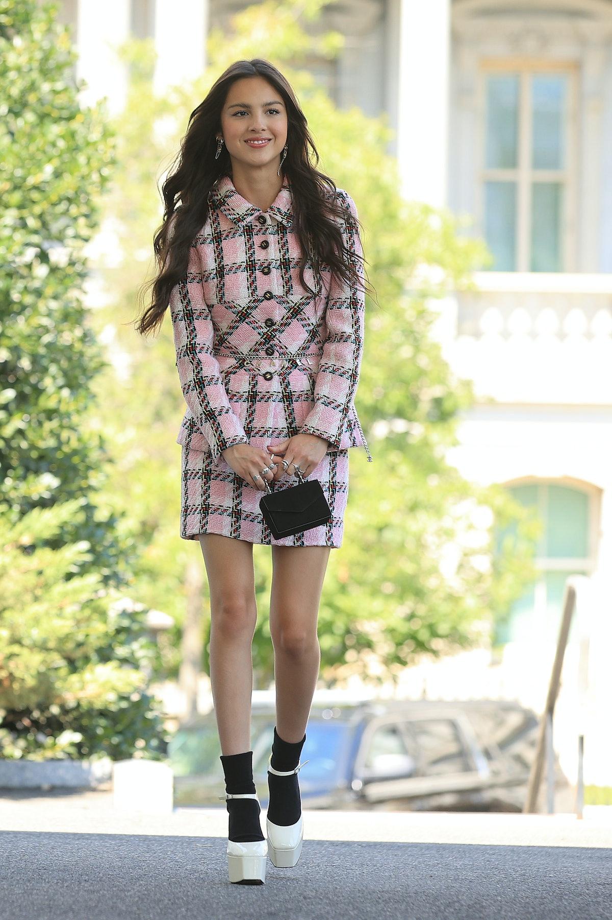 Pop music star and Disney actress Olivia Rodrigo is singlehandedly bringing Y2K fashion back in a bi...