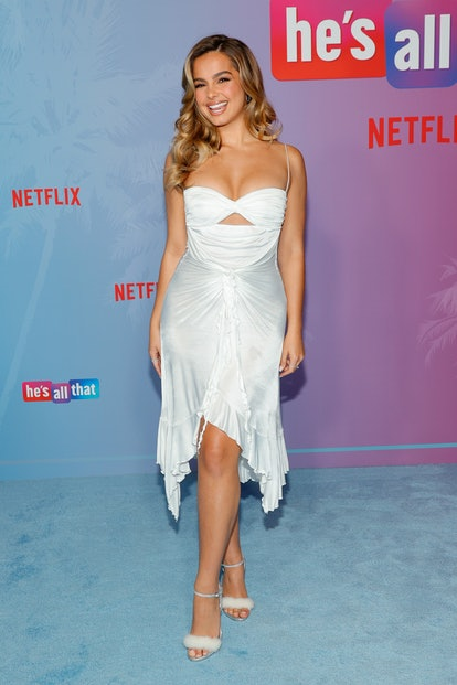 """HOLLYWOOD, CALIFORNIA - AUG 25: Addison Rae attends the Netflix premiere of """"He is everything"""" at new ..."""