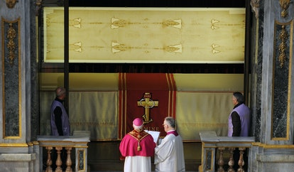 """""""The Shroud of Turin"""" (top) on March 30, 2013 in the Turin cathedral."""
