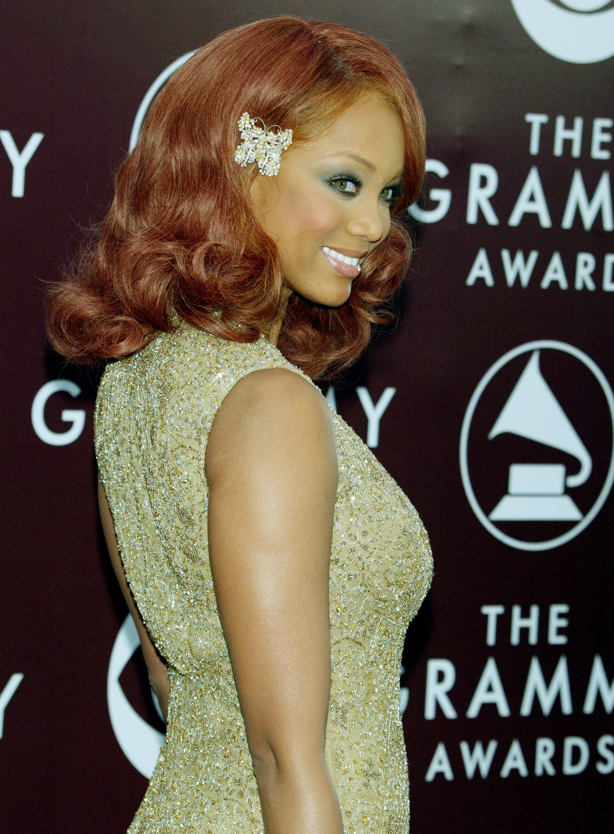 Tyra Banks wearing a butterfly hair clip to the 47th Annual Grammy Awards in 2005.