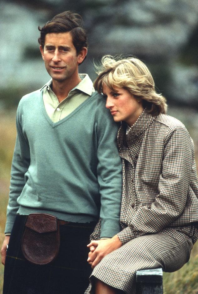 Monochromatic looks good on Princess Diana.