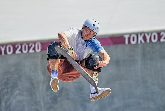 Rune Glifberg is competing in men's skateboarding.