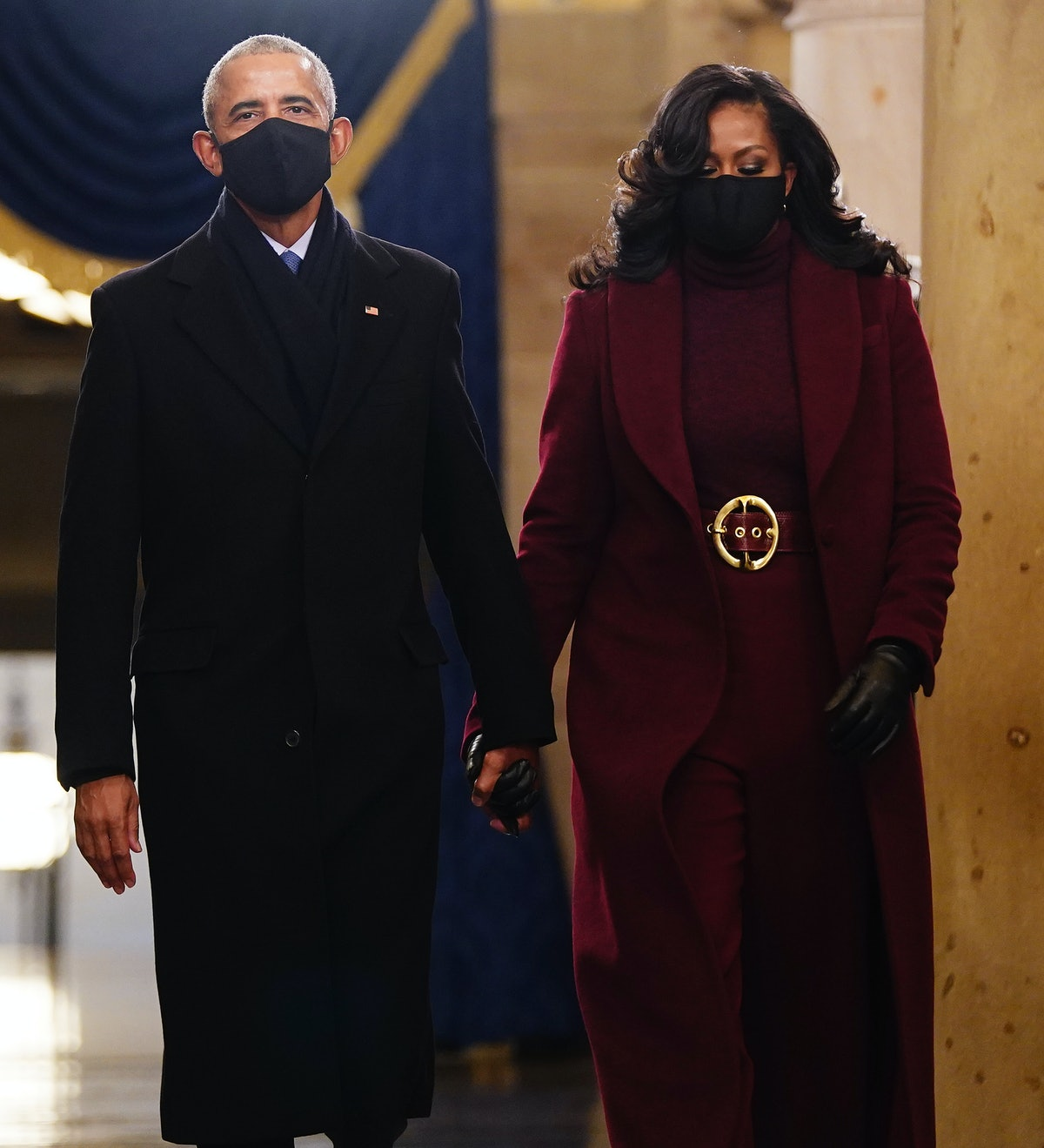 WASHINGTON, DC - JANUARY 20: Former US President Barack Obama (L) and Michelle Obama arrive in the C...