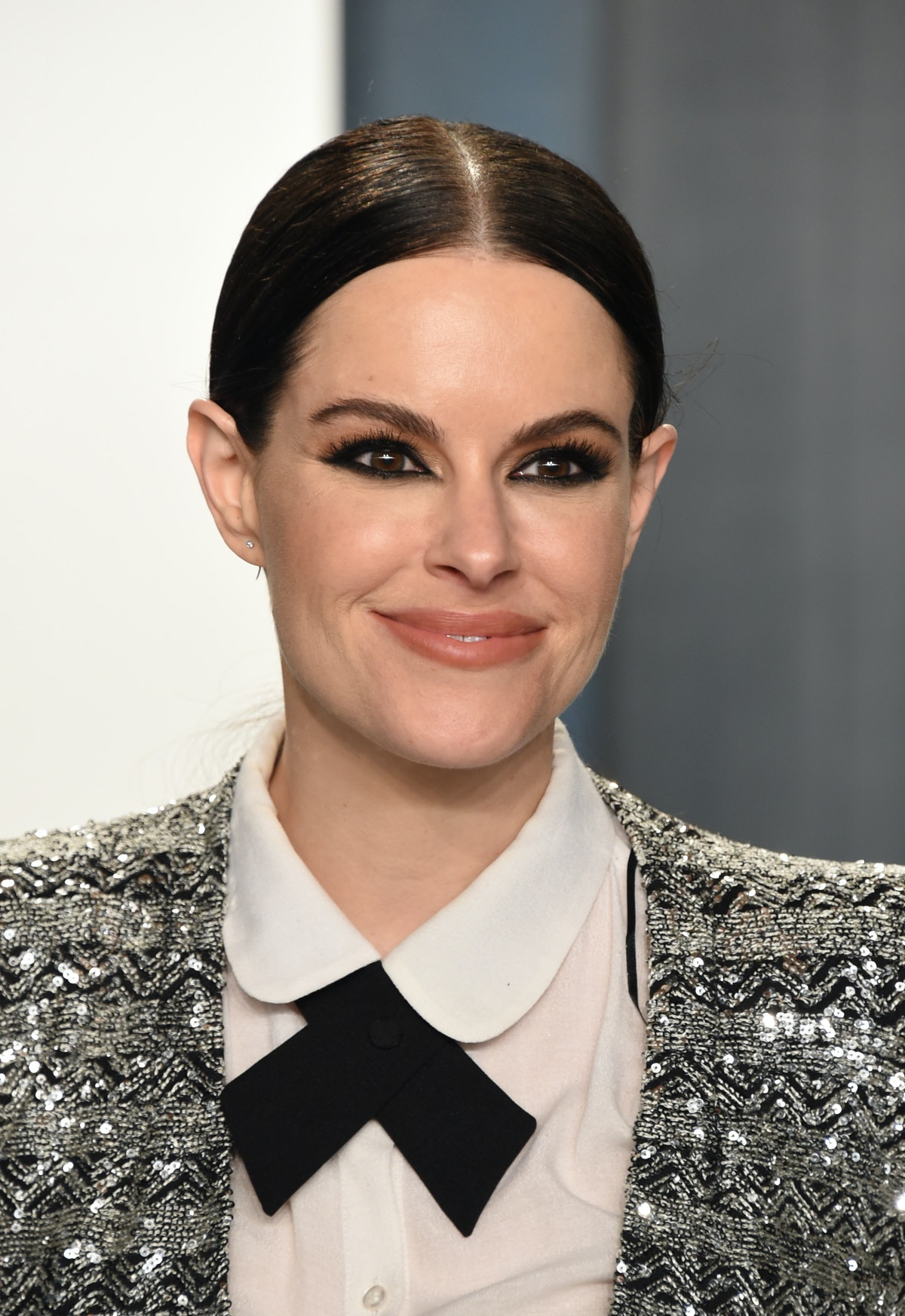 Emily Hampshire became friends with Demi Lovato after they slid into her DMs.
