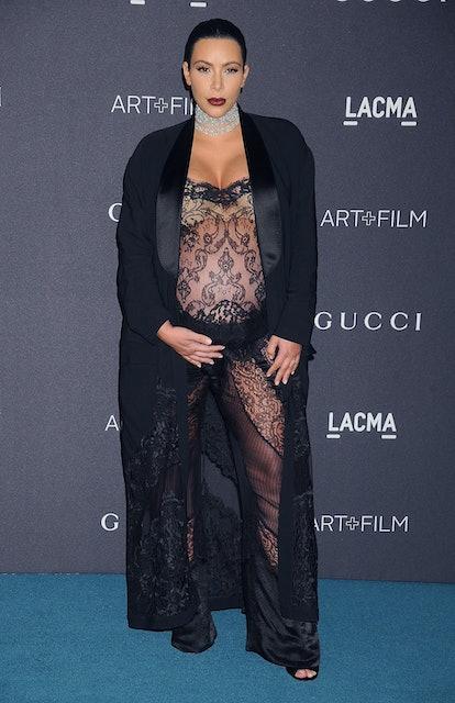LOS ANGELES, CA - NOVEMBER 07:  Kim Kardashian West arrives at the LACMA 2015 Art+Film Gala Honoring...