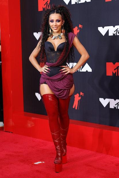 NEW YORK, NEW YORK - SEPTEMBER 12: Doja Cat attends the 2021 MTV Video Music Awards at Barclays Cent...
