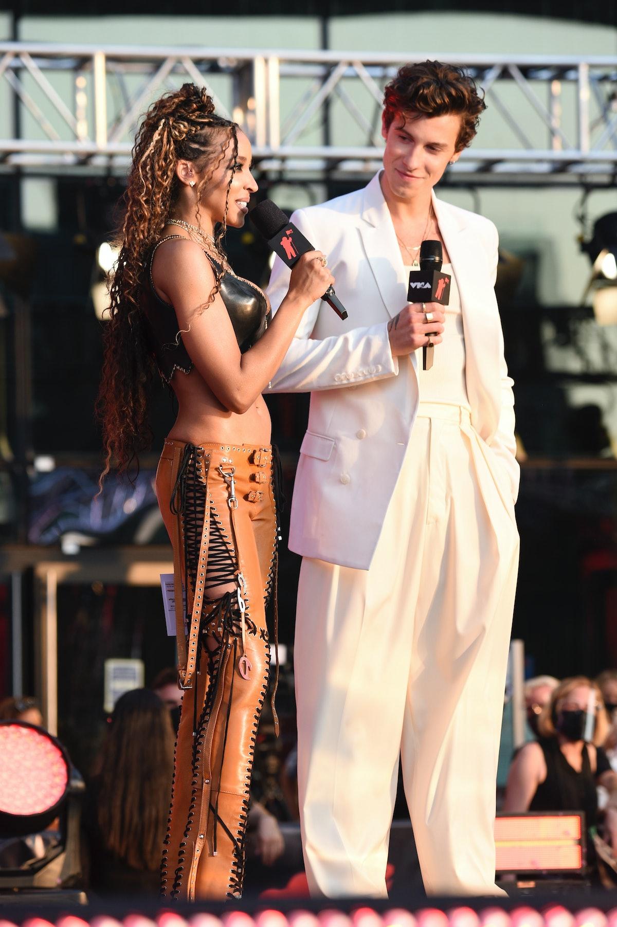 Tinashe's VMAs 2021 hair was such a throwback.
