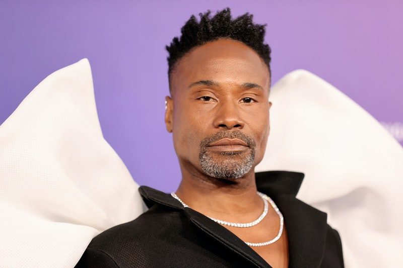 Billy Porter's VMAs 2021 red carpet look was basically a tribute to the moon man outfit.