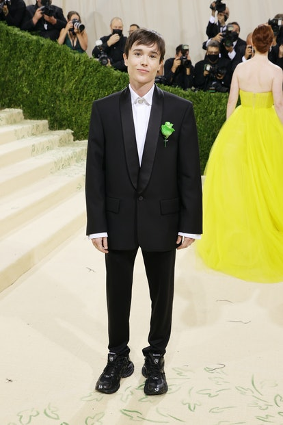 NEW YORK, NEW YORK - SEPTEMBER 13: Elliot Page attends The 2021 Met Gala Celebrating In America: A L...