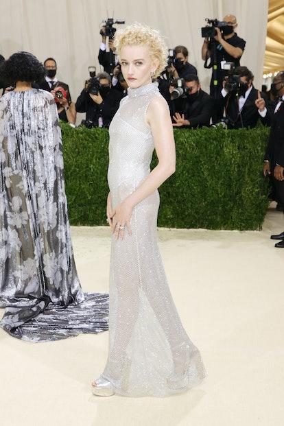 NEW YORK, NEW YORK - SEPTEMBER 13: Julia Garner attends The 2021 Met Gala Celebrating In America: A ...