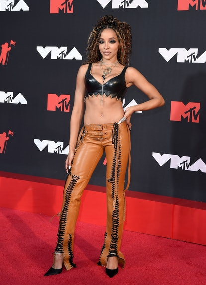 NEW YORK, NEW YORK - SEPTEMBER 12: Tinashe attends the 2021 MTV Video Music Awards at Barclays Cente...