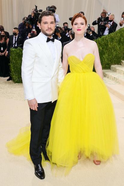 NEW YORK, NEW YORK - SEPTEMBER 13: Kit Harington and Rose Leslie attend The 2021 Met Gala Celebratin...
