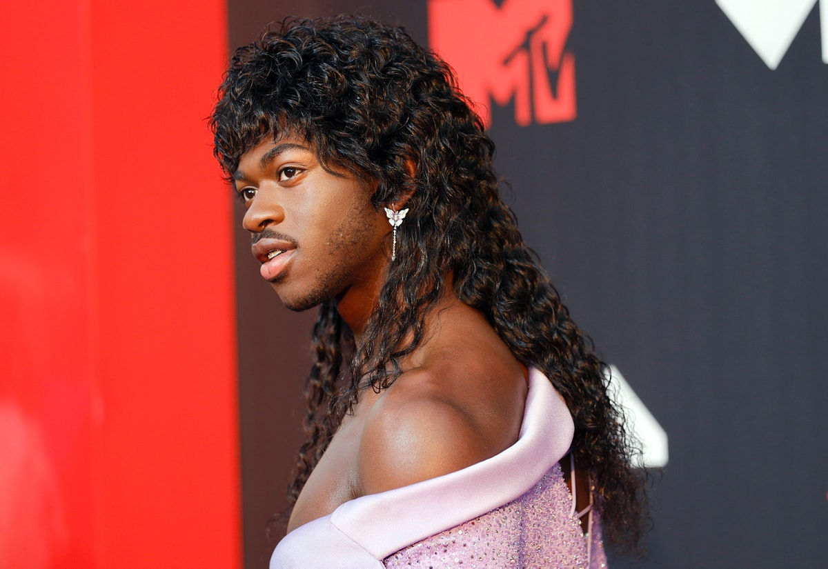 The 2021 VMAs red carpet was filled with memorable looks, many of which paid tribute to everyone's f...