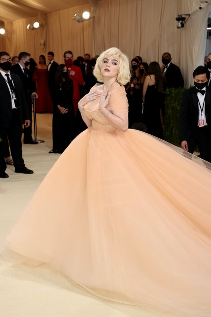 NEW YORK, NEW YORK - SEPTEMBER 13: Billie Eilish attends The 2021 Met Gala Celebrating In America: A...