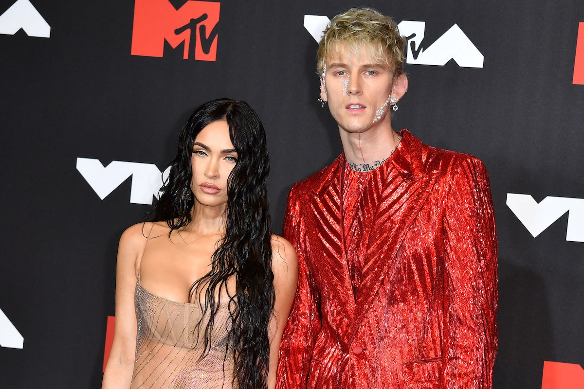 Megan Fox and Machine Gun Kelly's VMAs body language might have been slightly exaggerated.