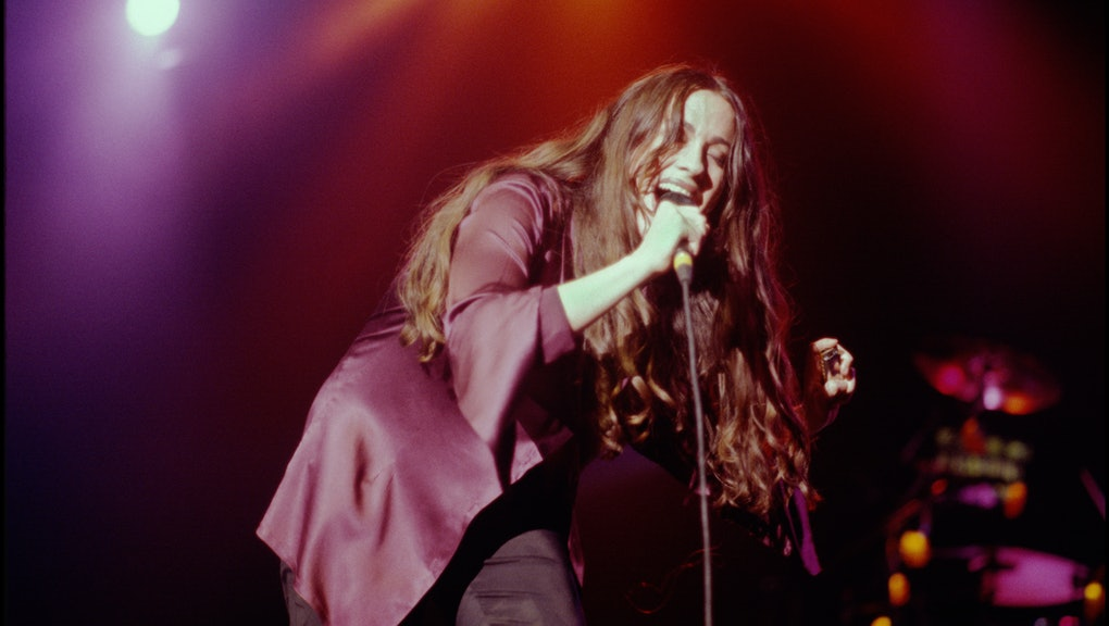 Alanis Morrisette performing at Wilkens Auditorium, St Pauls, Minnesota, USA on March 1 1996. (Photo...