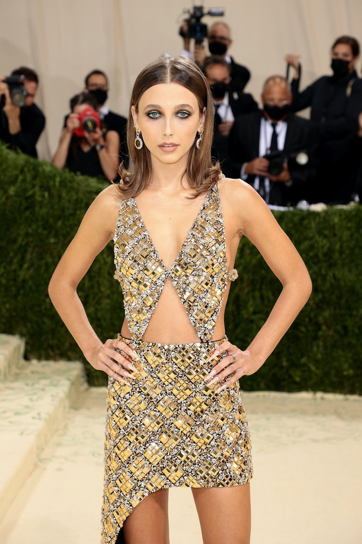 Emma Chamberlain went all out in gold for the 2021 Met Gala.