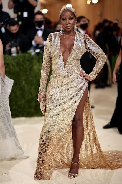 NEW YORK, NEW YORK - SEPTEMBER 13: Mary J. Blige attends The 2021 Met Gala Celebrating In America: A...