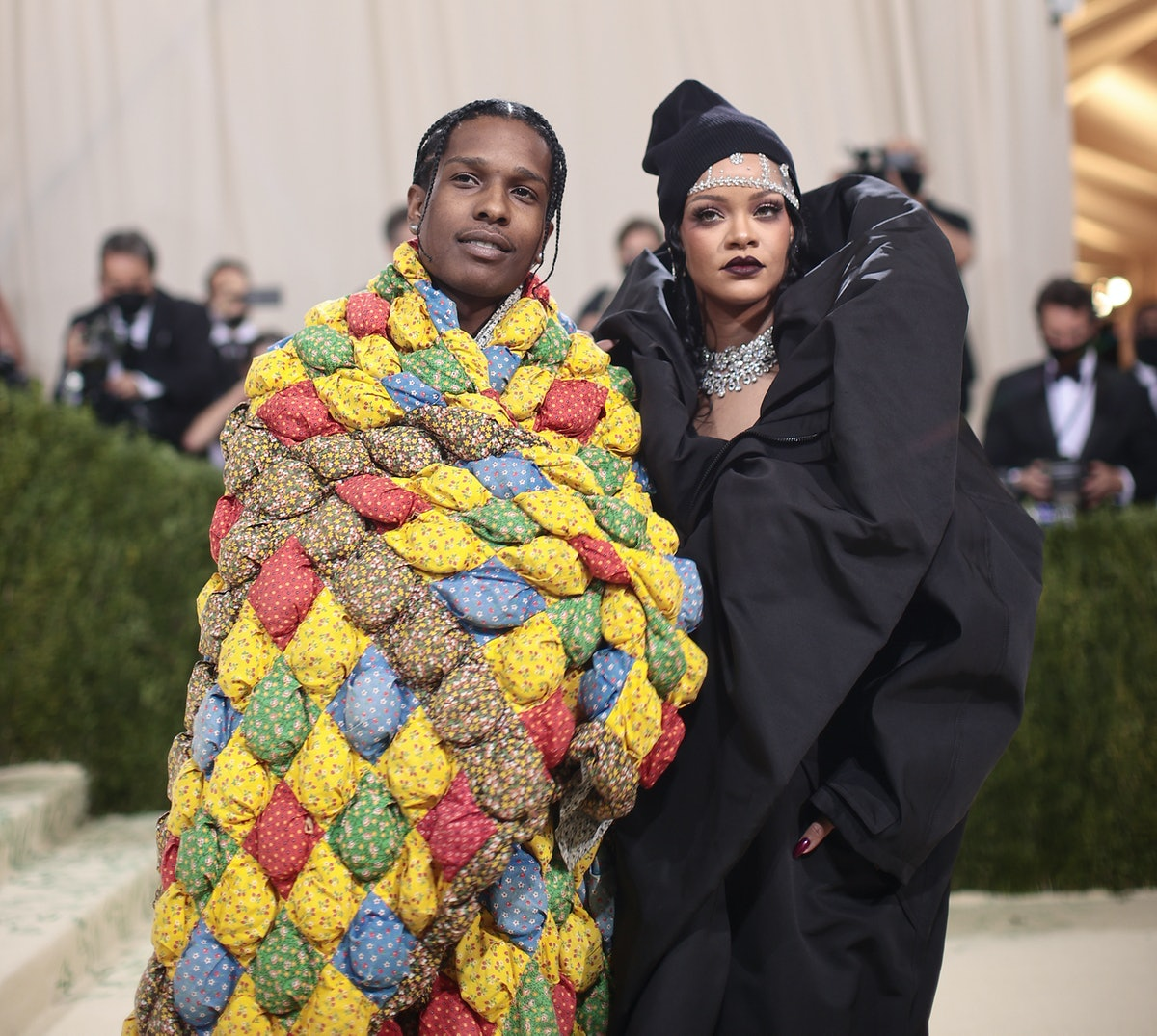 Rihanna and ASAP Rocky's Met Gala body language shows how comfortable they are together.