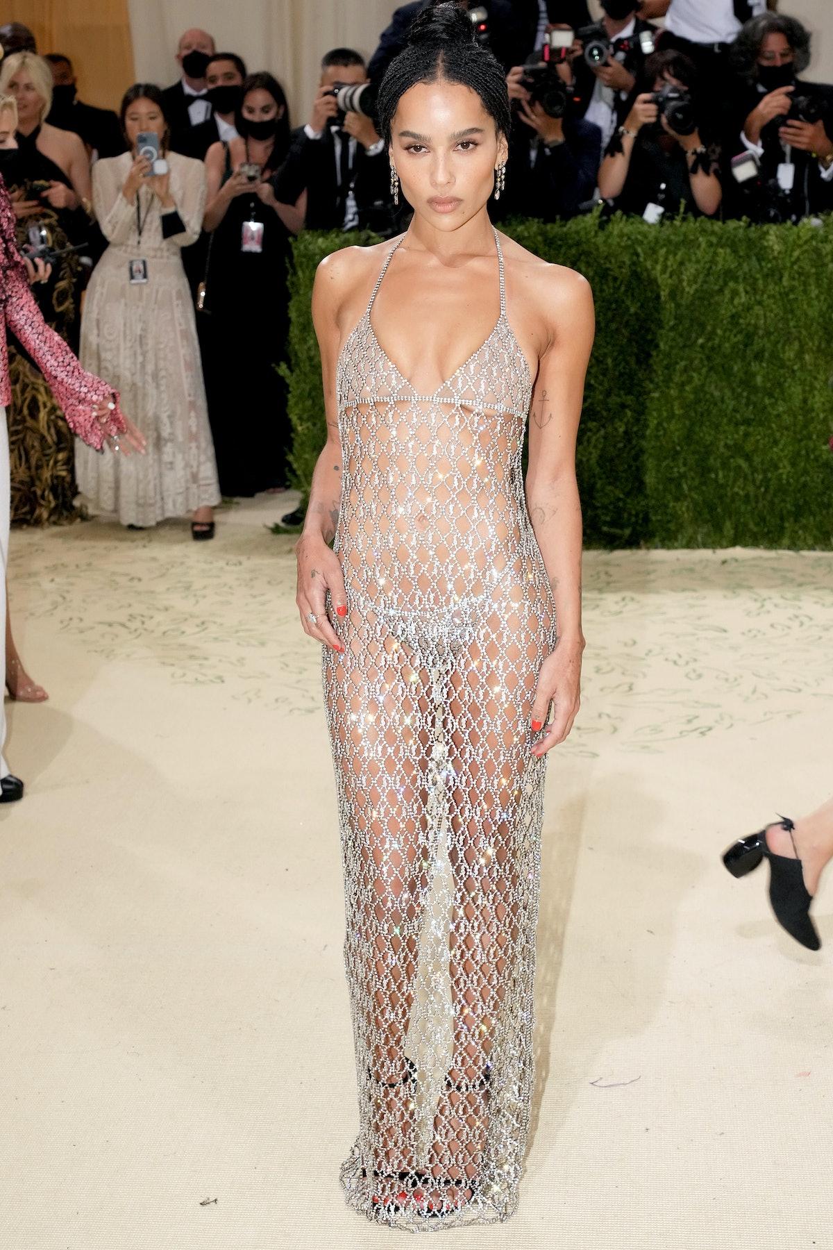 NEW YORK, NEW YORK - SEPTEMBER 13: Zoë Kravitz attends The 2021 Met Gala Celebrating In America: A L...