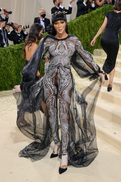 NEW YORK, NEW YORK - SEPTEMBER 13: Winnie Harlow attends The 2021 Met Gala Celebrating In America: A...
