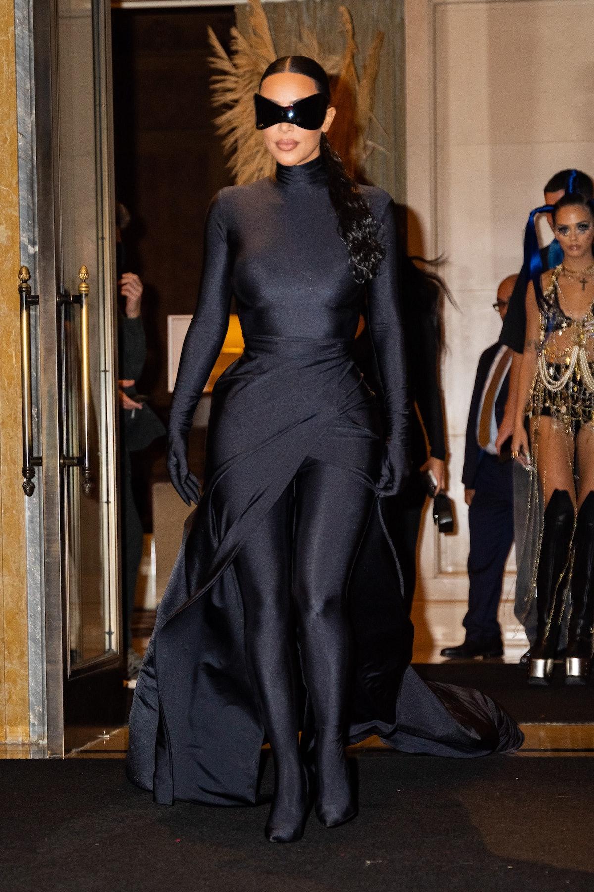 NEW YORK, NEW YORK - SEPTEMBER 13: Kim Kardashian is seen in Midtown on September 13, 2021 in New Yo...