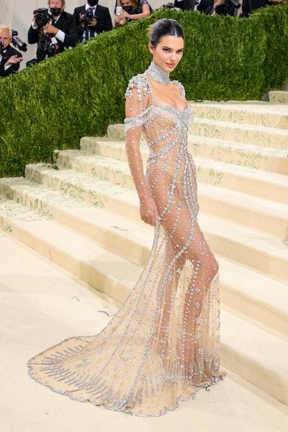 NEW YORK, NEW YORK - SEPTEMBER 13: Kendall Jenner attends The 2021 Met Gala Celebrating In America: ...