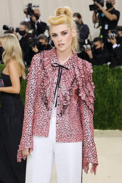 NEW YORK, NEW YORK - SEPTEMBER 13: Kristen Stewart attends The 2021 Met Gala Celebrating In America:...
