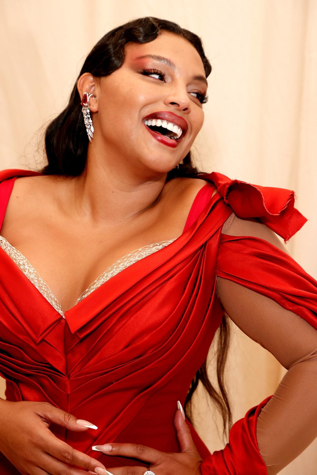 نیویورک ، نیویورک - 13 سپتامبر: پالوما السرسر در جشن مت 2021 در آمریکا شرکت کرد: ...