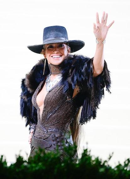 NEW YORK, NY - SEPTEMBER 13:  Jennifer Lopez arrives to the 2021 Met Gala Celebrating In America: A ...