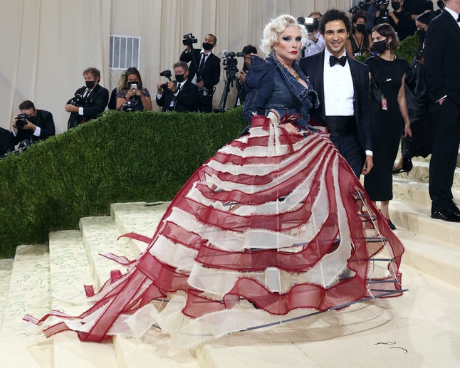 """NEW YORK, NEW YORK - SEPTEMBER 13: Debbie Harry and Zac Posen attend the 2021 Met Gala benefit """"In A..."""