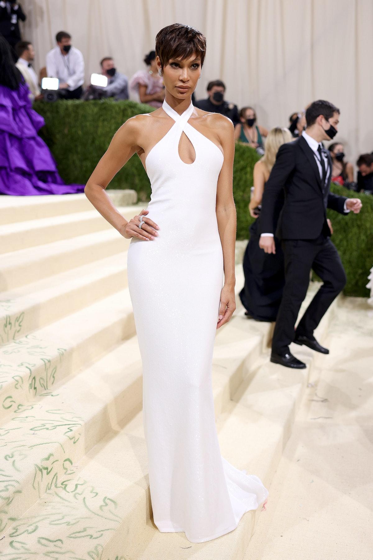 NEW YORK, NEW YORK - SEPTEMBER 13: Model Joan Smalls attends The 2021 Met Gala Celebrating In Americ...