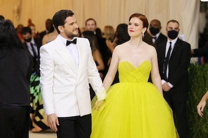NEW YORK, NEW YORK - SEPTEMBER 13: Kit Harrington and Rose Leslie attend The 2021 Met Gala Celebrati...